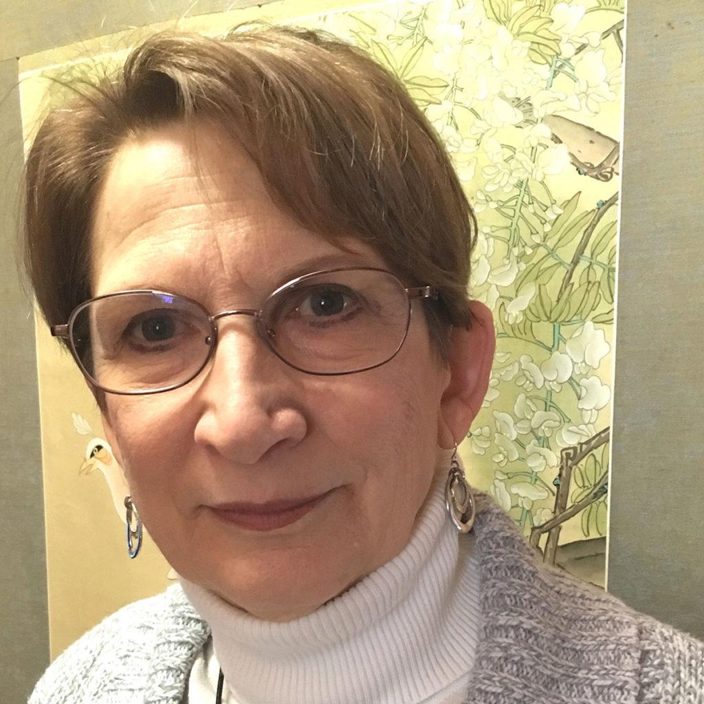 Gwen JeSchonek